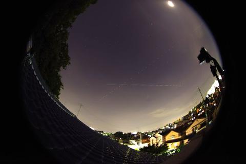 北天と南天の国際宇宙ステーション