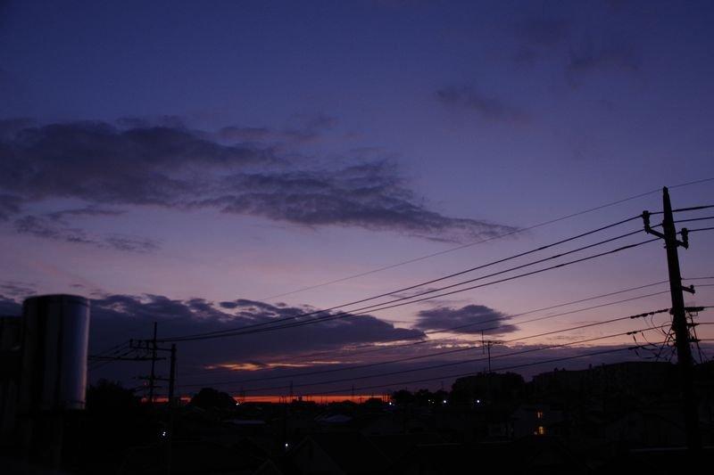 新鮮な夕景と夜明け