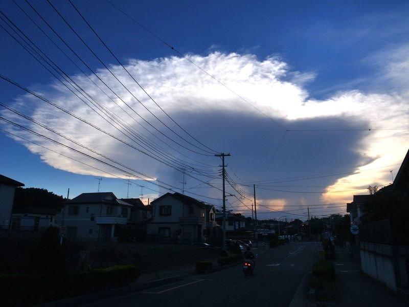 ニュースになった、かなとこ雲