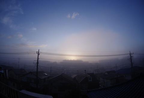 朝霧は晴れ